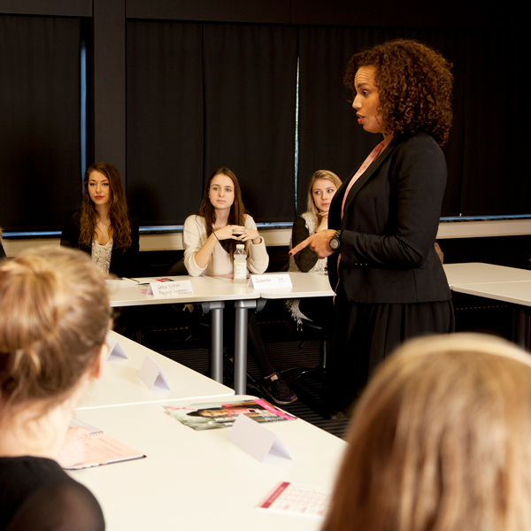 Fast career development with Hunkemöller's Fast Track Program